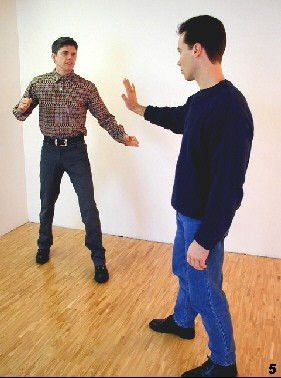 Setting limits with body language - WingTsun